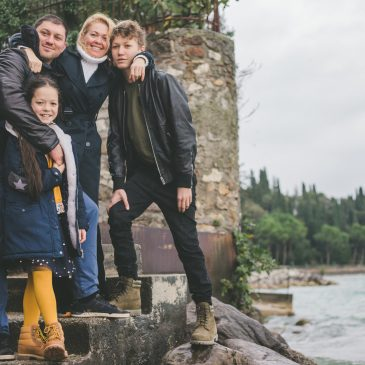 Family portrait in rainy Sirmione